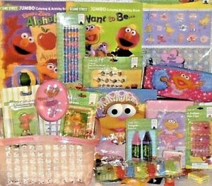 NEW ZOE ELMO EASTER TOY GIFT BASKET birthday TOYS BOOK SESAME STREET PLAYSET