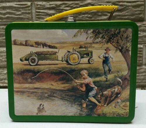 "RARE BACK Green John Deere Licensed ""Turtle Trouble"" Lunch Box - Item # 22002"