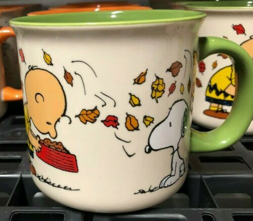 SNOOPY / PEANUTS GANG FALL THANKSGIVING COFFEE MUG - BE GIVING