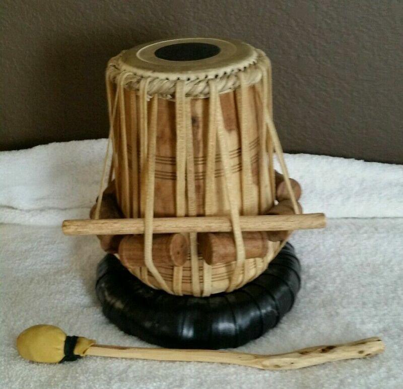 Beautiful Vintage Native American Wood Leather Handmade Drum Indian w/ Holder