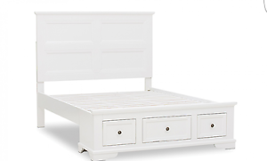 Chanel Queen Bed x-display good condition Waterford West Logan Area Preview