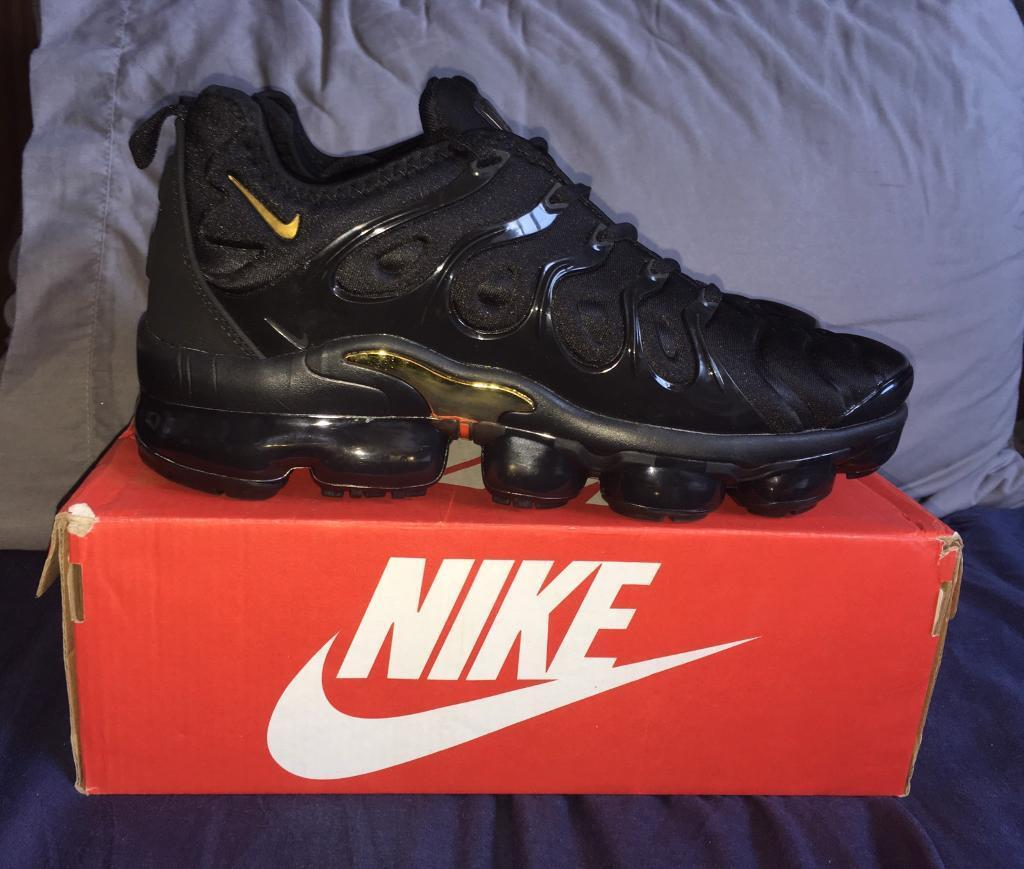 33ebf1a04842 Nike Air Vapormax TN Plus TUNED Men s Trainers UK 9 Triple Black and Gold