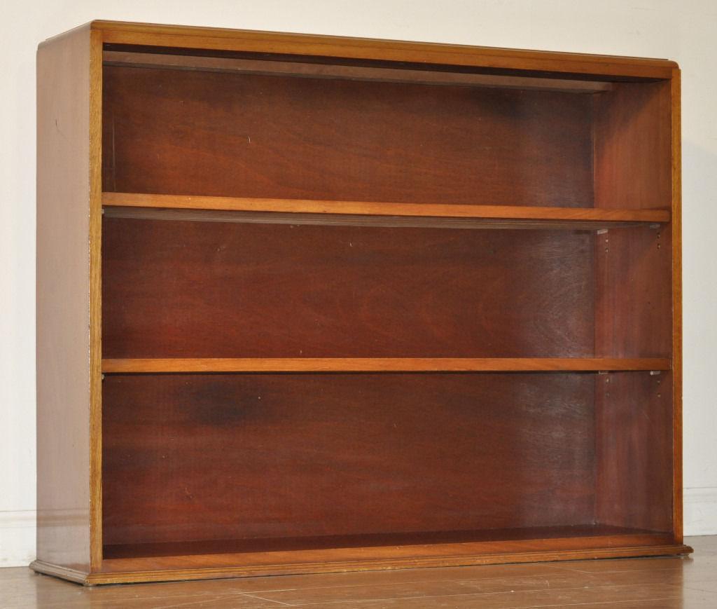 Attractive Simple Vintage Mahogany Floor Open Bookcase