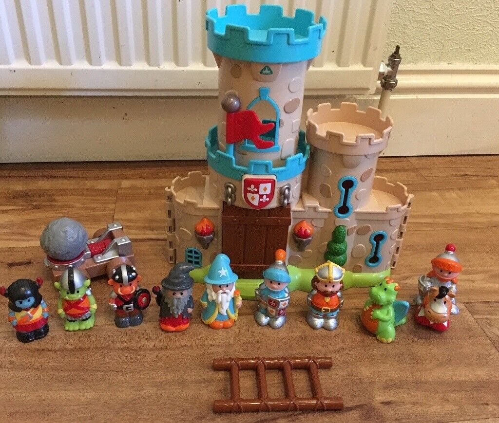ELC Happyland Castle with Figures