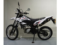 YAMAHA WR125R 2014 ONE OWNER FROM NEW, LOW MILEAGE, 125CC