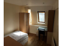 Nice single room is available in a popular area, 3min walk to Station ** no extra **