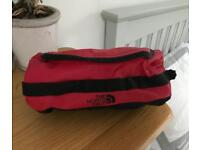 The North Face Travel Canister / Wash Bag