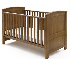 Silver cross cot bed. HARDLY USED REDUCED