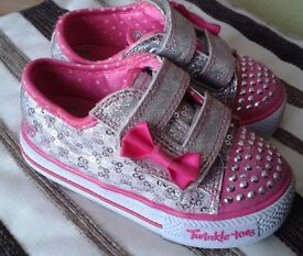 Skechers Twinkle Toes girls trainers size 5 (toddler size)