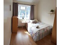 Perfect location for Westfield & Hammersmith hospital! All incl
