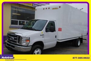 2016 Ford E-450 Econoline 16' Cube w. Ramp A/C, LOW KM!