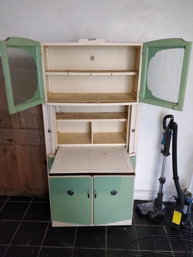 Retro 1960's kitchen pantry cabinet cupboard- good ...