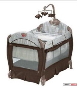 EDDIE BAUER MONCIETO PLAY PEN