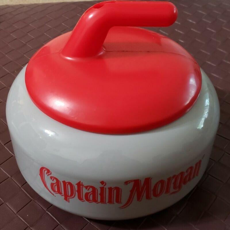 Captain Morgan Rum Curling Stone Cocktail Drink Cup Plastic Container Souvenir