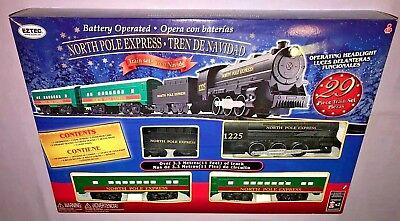 Christmas 29 Piece Train Set Eztec Battery Operated North Pole Express **NEW**