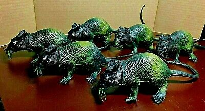 Halloween Costumes For Rats (Large Black & Green Squeaking Rubber Rats Set of 6 Halloween Costume Prop)