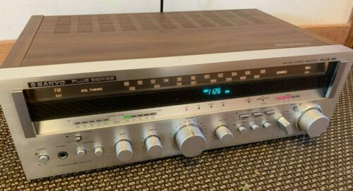 Vintage Sanyo Plus 55 Stereo Receiver
