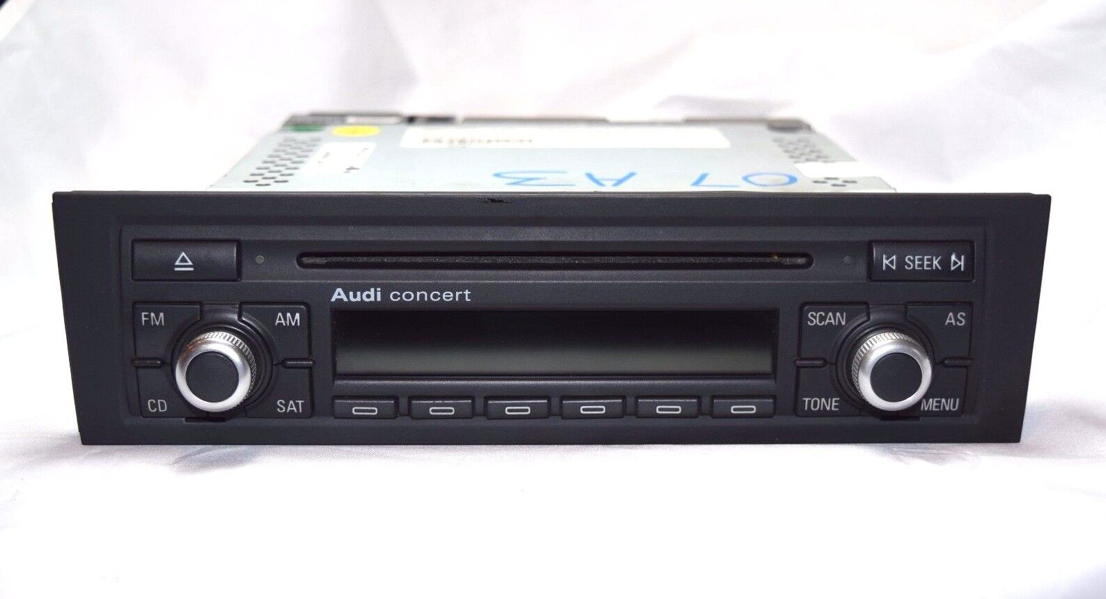 audi a3 a4 concert ii cd player radio stereo 2006 2007. Black Bedroom Furniture Sets. Home Design Ideas