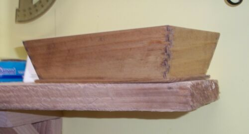 Small slant-sided Pine Box, Shaker-style