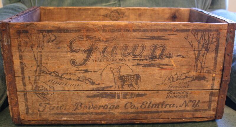 VINTAGE  FAWN BEVERAGE CO., ELMIRA, N. Y. CASE/WOODEN BOX 12 OZ.