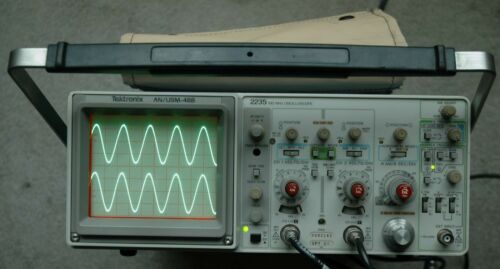 Tektronix 2235 AN/USM488 100MHz Two Channel Oscilloscope, Two Probes, Power Cord