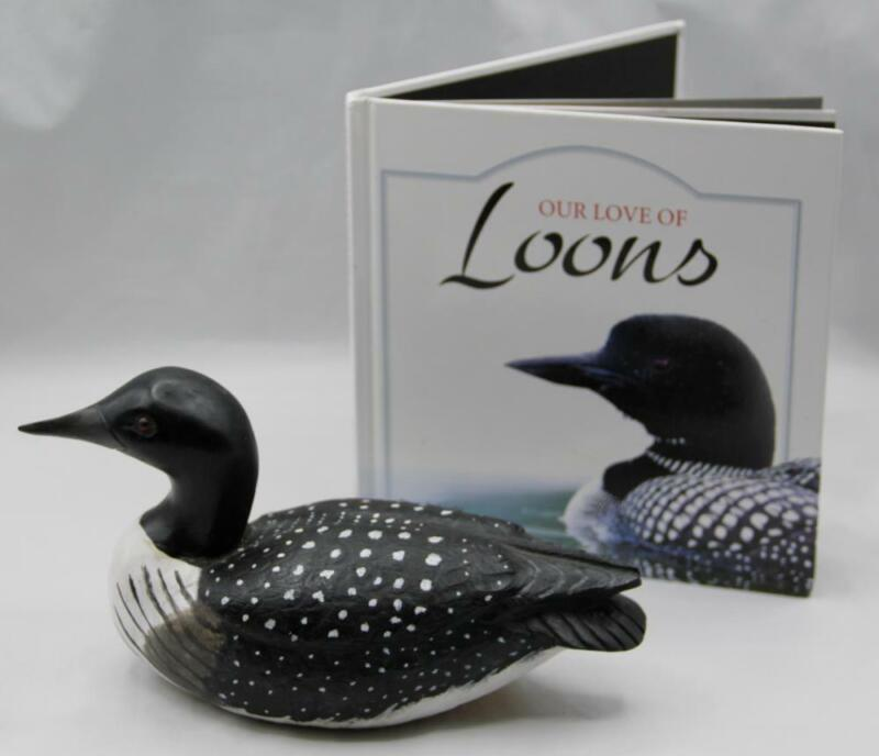 Hand Carved Loon Glass Eyes Vermont Fred Shay 2011 Decoy Plus Tekiela Book