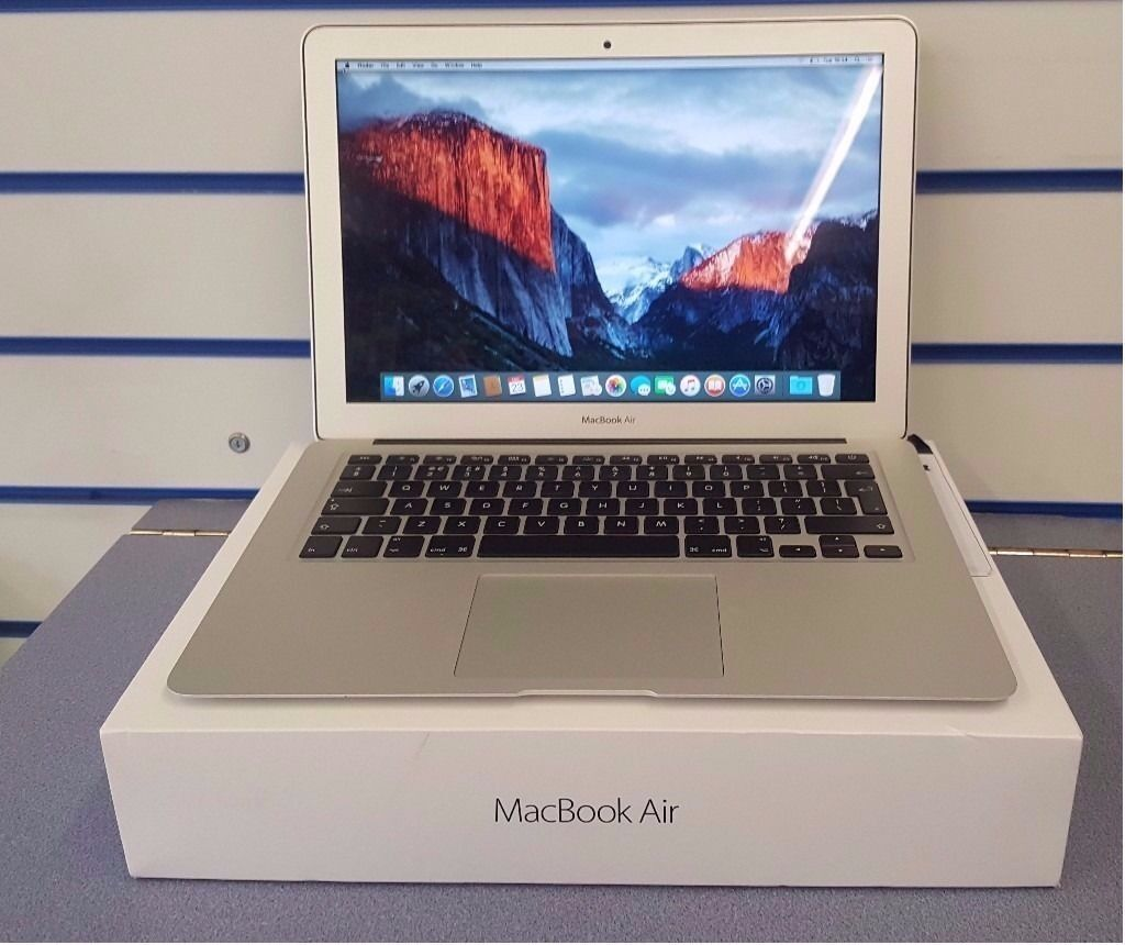 "APPLE MACBOOK AIR 13.3"" 2015 INTEL i5 4GB 128GB WITH RECEIPTin Coventry, West MidlandsGumtree - APPLE MACBOOK AIR 13.3"" VERY LIGHT MARKS 2015 MODEL (MJEV2B/A) 1.6GHz DUAL CORE INTEL CORE i5 WITH 3MB L3 CACHE 4GB OF ON BOARD 1600MHz LPDDR3 SDRAM 128 GB OF FLASH STORAGE COLLECTION FROM STONEY STANTON ROAD, CV1 4FP. RECEIPT WILL BE PROVIDED TEL..."