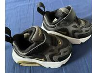 Baby Nike trainers size 1.5 C