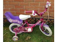 Girls pink bike with stabilisers would suit 3-5 year old