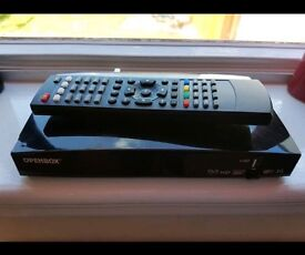 Almost Brand New Open Box Sky Box V8S With 1 Year Subscription