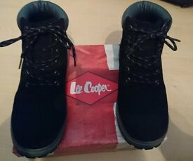 BOYS BLACK LEE COOPER BOOTS SIZE 5 1/2