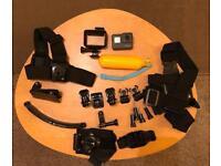 GOPRO HERO 5 + Case + Accessories