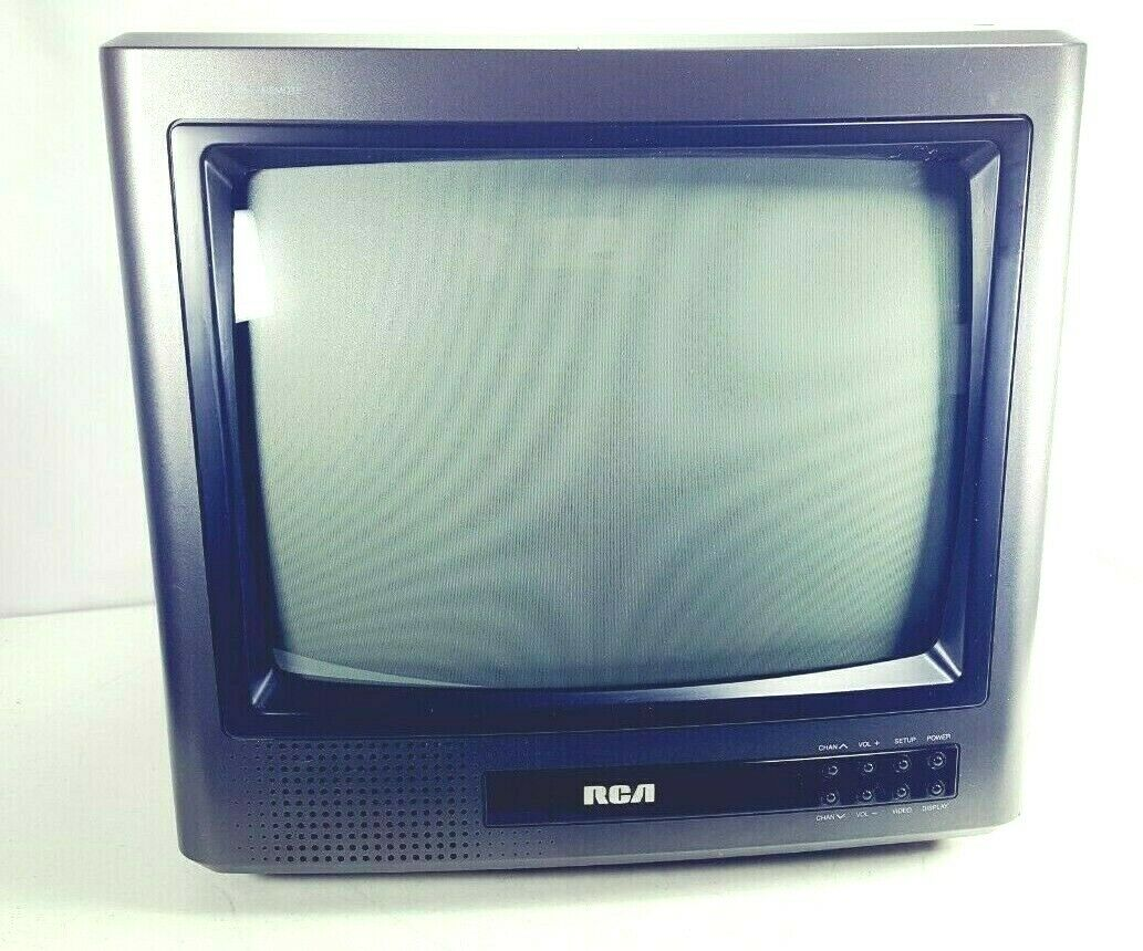 Vintage RCA 13 Inch Color TV Television  Clean Gaming Fast Ship
