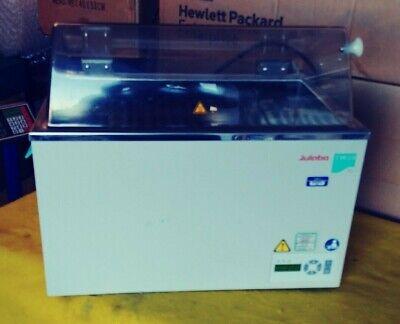 Julabo Model Tw20 Water Bath Heater Acdc Input 230 V Ac Volume 20 L
