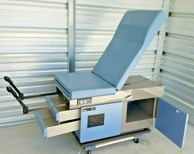 Midmarkritter 107 Power Exam Table With Foot Control