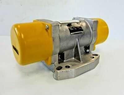 Wacker Neuson Ar 32 46060 External Electric Vibrator Precast Table Feeder