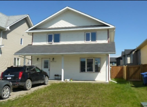 3 BED 2 BATH HOUSE FOR RENT