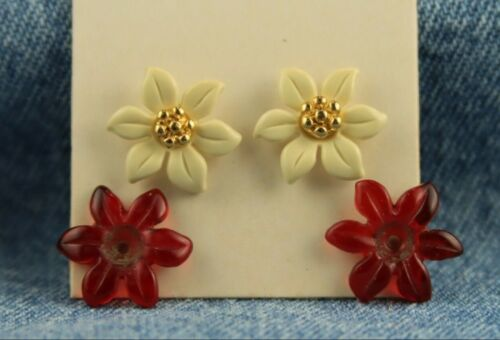 """1984 Unsigned Avon """"Poinsettia Convertible"""" Christmas Holiday Pierced Earrings"""