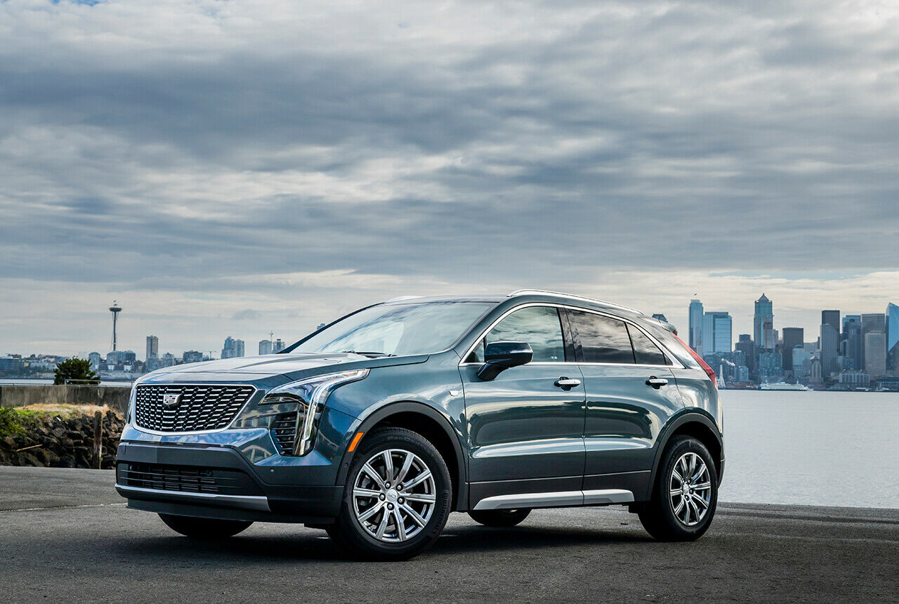 cadillac xt4 fahrbericht technische daten preis. Black Bedroom Furniture Sets. Home Design Ideas