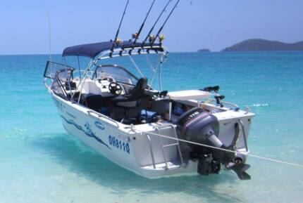 2004 Ally Craft 535 Blue Water