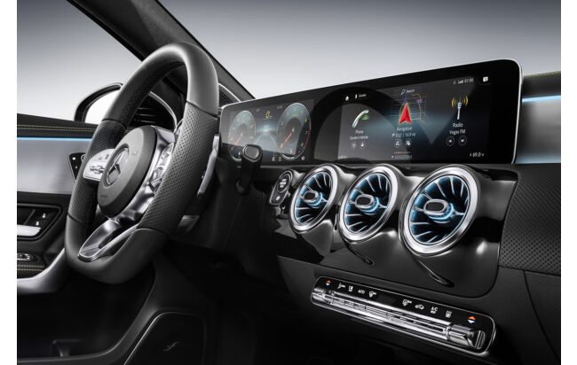 Mercedes A-Klasse MBUX: Neues Infotainmentsystem mit Widescreen-Display in der Kompaktklasse