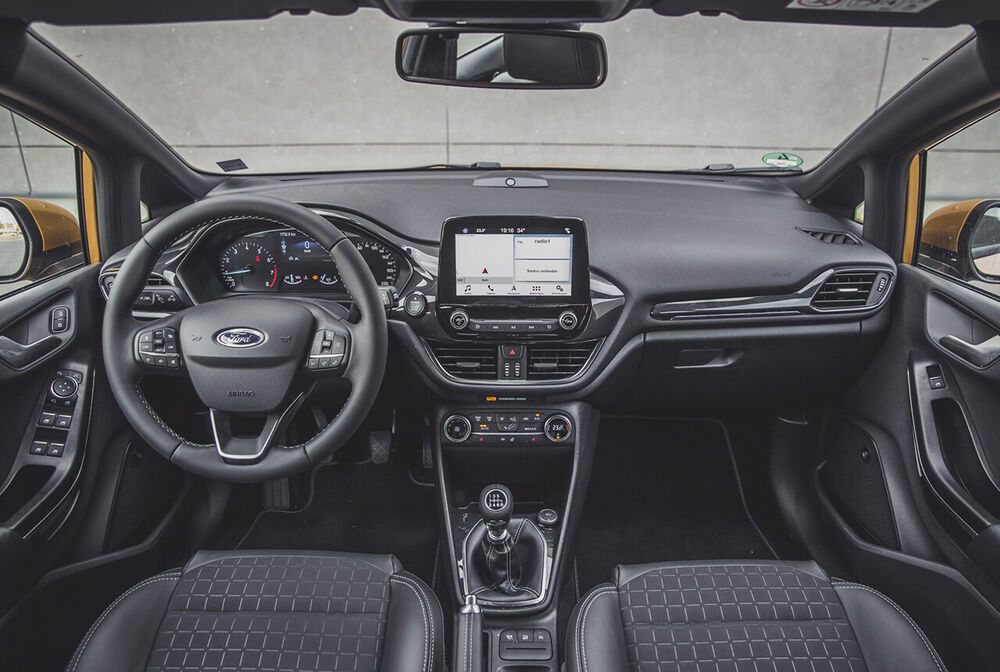 Ford Fiesta Active: Blick ins Cockpit