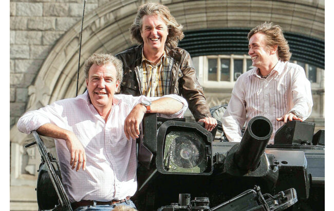 Das Top-Gear-Team: Jeremy Clarkson, James May und Richard Hammond auf einem Panzer