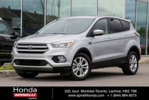 2017 Ford Escape SE AWD 4000 KM SE ECOBOOST AWD LIKE NEW!
