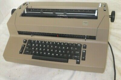 Vintage Brown Ibm Correcting Selectric Ii Electric Typewriter For Repair Parts