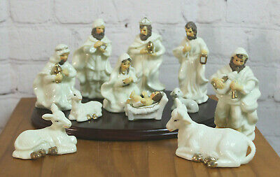 Du ~ Holiday Home Accents Hand Painted Porcelain Nativity 11 Pc Set + Wood Base