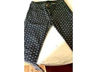 Skinny Cell-patterned Women's Trousers. Size S.