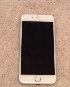 White IPhone 6 (BELL)