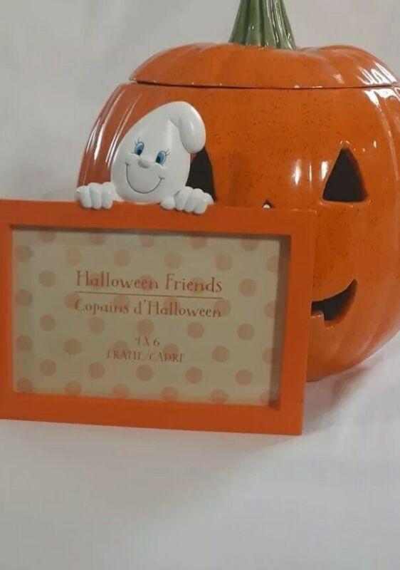 Jack o Lantern & Picture Frame Halloween Decor