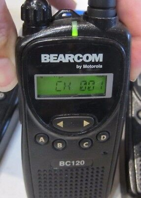 Motorola Bearcom Bc120 Uhf Two Way Radio Aah49rcf8aa1ab Uhf
